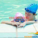Có những lớp học bơi nào tại bể bơi Bảo Sơn?