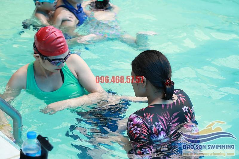 Trung tâm dạy học bơi bể bơi khách sạn Bảo Sơn uy tín tại Hà Nội