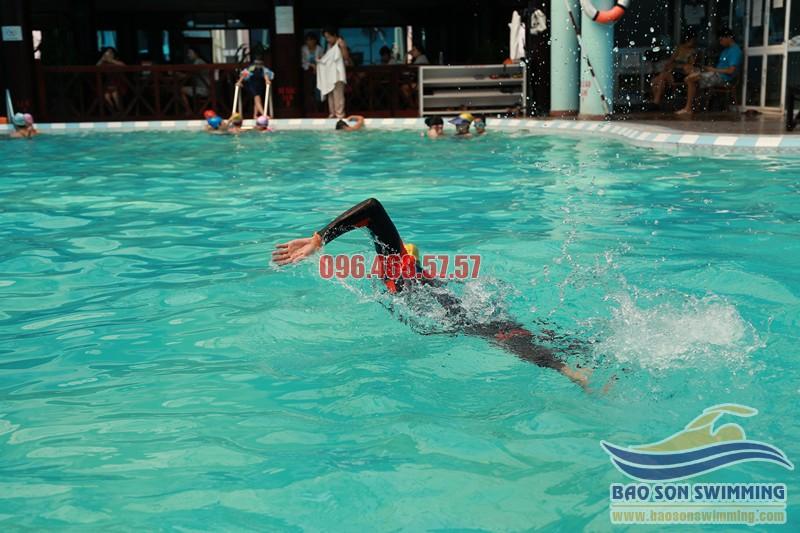 Cách sửa 4 lỗi thường gặp khi bơi sải cho người mới học bơi