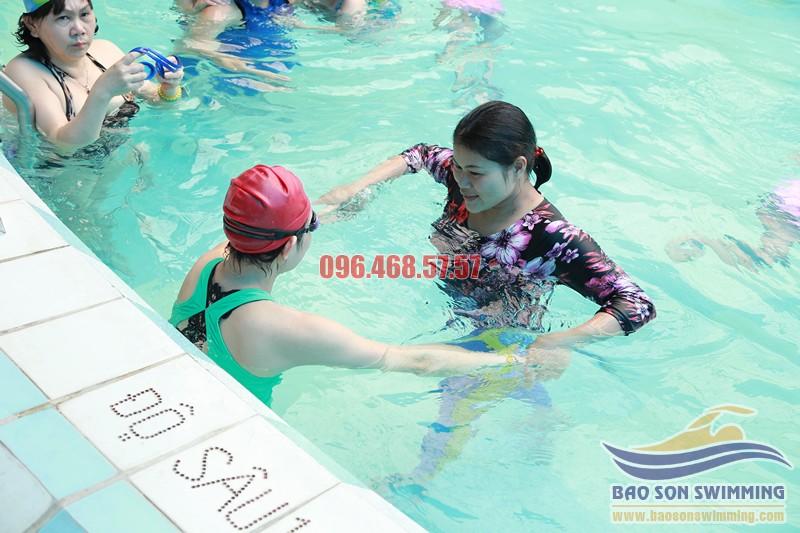 Bảo Sơn Swimming địa chỉ học bơi bể bơi khách sạn Bảo Sơn uy tín