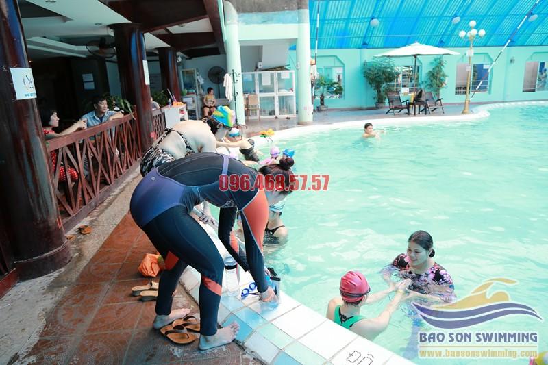 Địa chỉ trung tâm dạy bơi bể bơi khách sạn Bảo Sơn uy tín