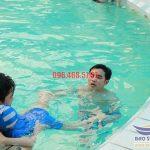 Trung tâm dạy bơi ếch uy tín tại bể bơi khách sạn Bảo Sơn