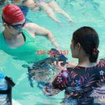 Dạy bơi ở bể Bảo Sơn – Trung tâm dạy bơi nào uy tín, chất lượng nhất?