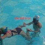 Học kĩ thuật bơi ếch nhanh cùng chuyên gia dạy học bơi Bảo Sơn Swimming