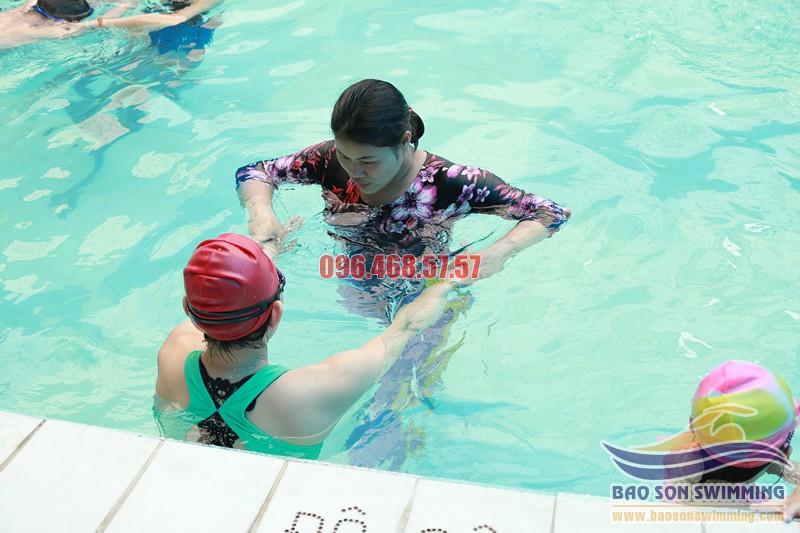 Bảo Sơn Swimming trung tâm dạy bơi sải uy tín, cam kết học viên biết bơi sải thành thạo