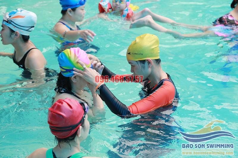 Trung tâm dạy bơi ở bể bơi khách sạn Bảo Sơn uy tín hè 2017