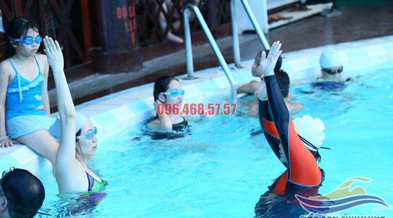 Các lớp học bơi nâng cao cho người lớn tại bể bơi Bảo Sơn