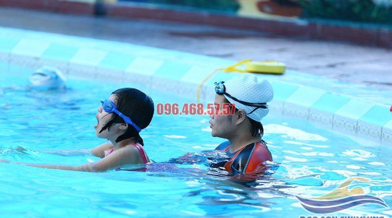 Dạy học bơi ếch kèm riêng tại bể bơi Bảo Sơn